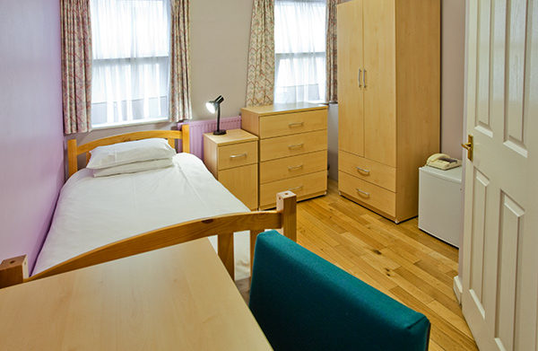 Single ensuite-shortstay